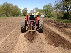 Kivirist Tractor