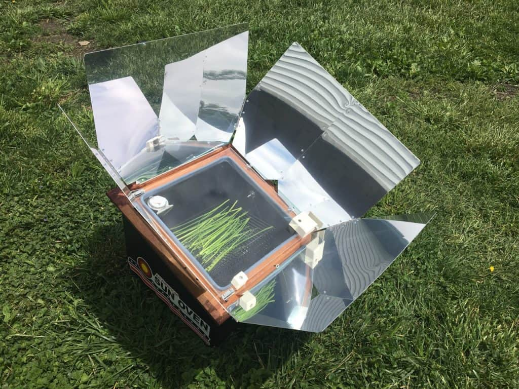 Solar oven: Cooking with the sun